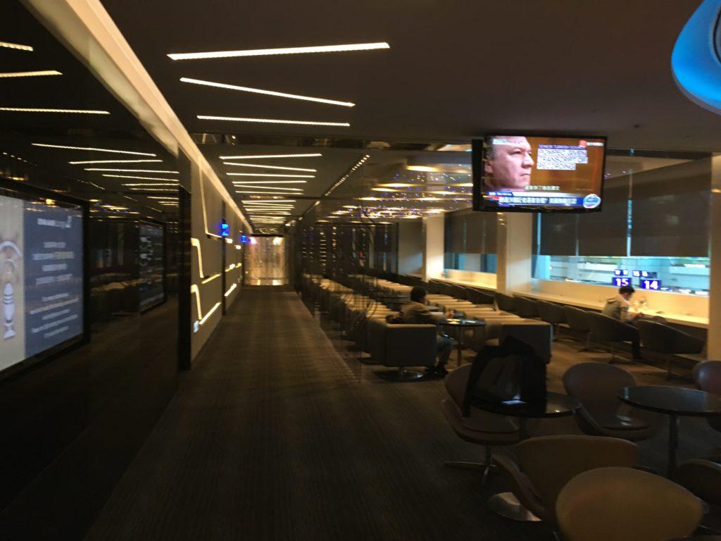桃園空港第二ターミナルのエバー航空ラウンジ