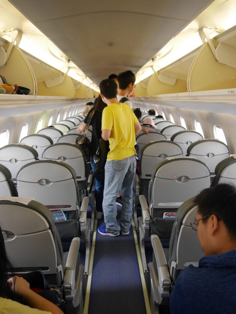 台湾国内線機内の様子