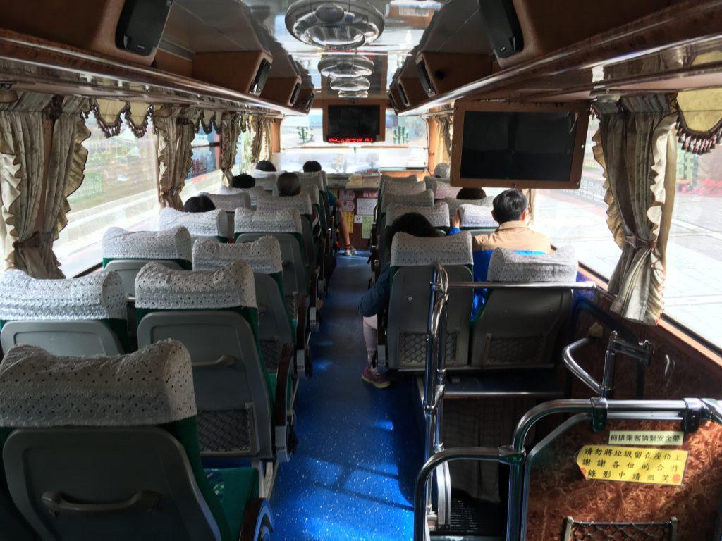 知本温泉のバス