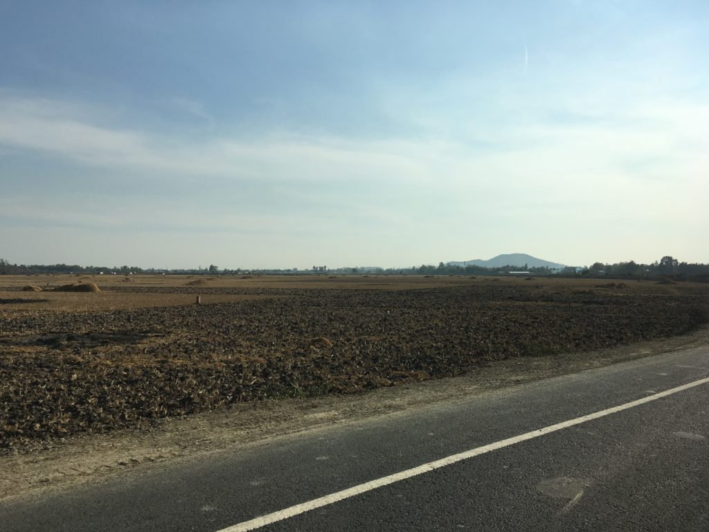 インパールの田舎道