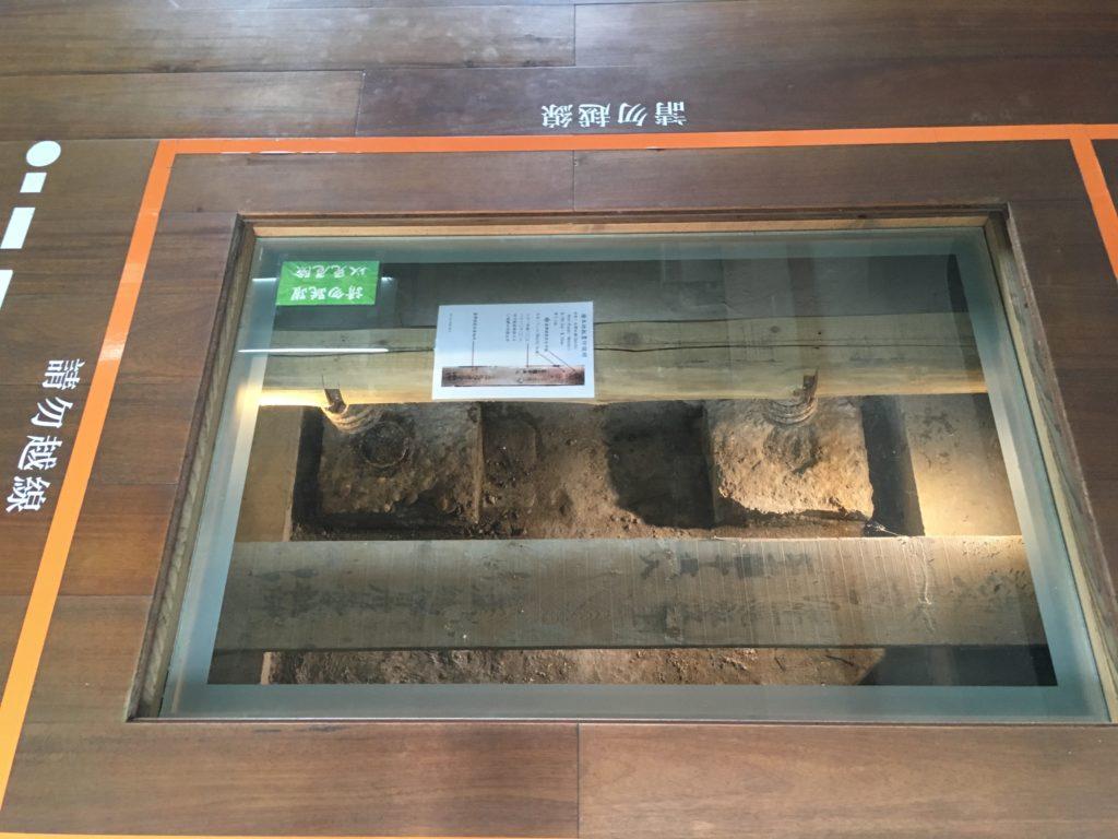 新化の武徳殿の床