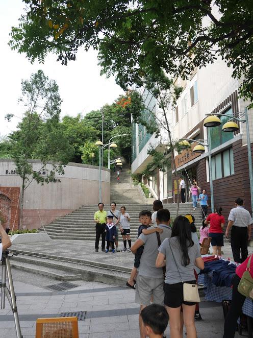 彰化神社の参道