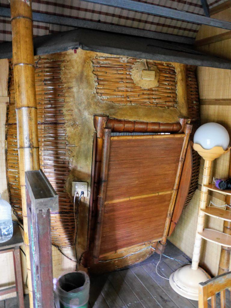 舒宿の奥の個室の入り口