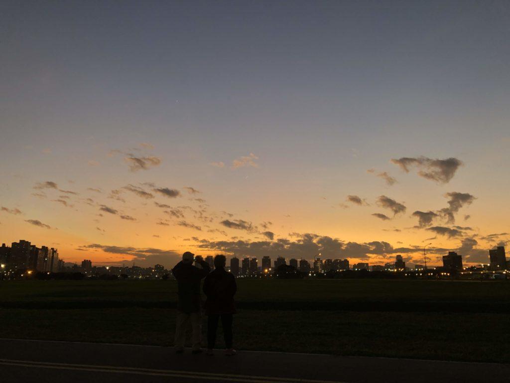台北頂溪の夕焼け