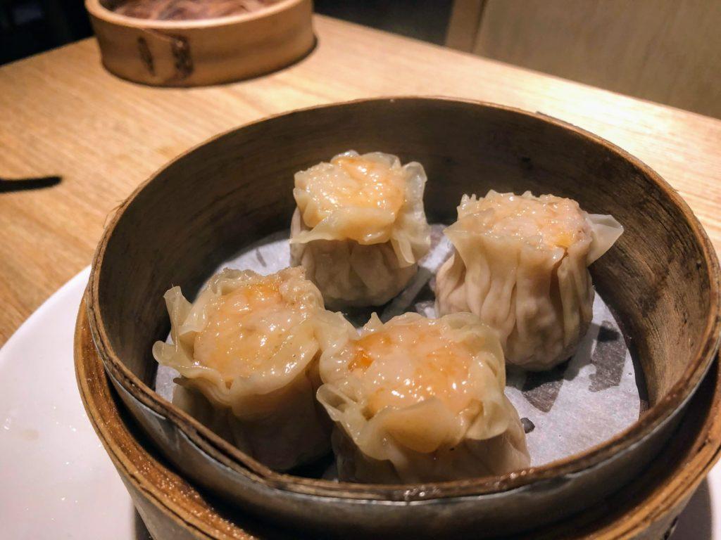 杭州小籠湯包のエビシュウマイ