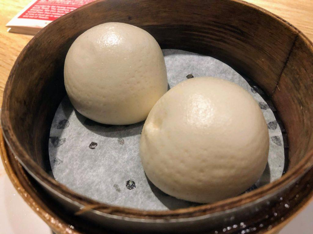 杭州小籠湯包のカスタードまん