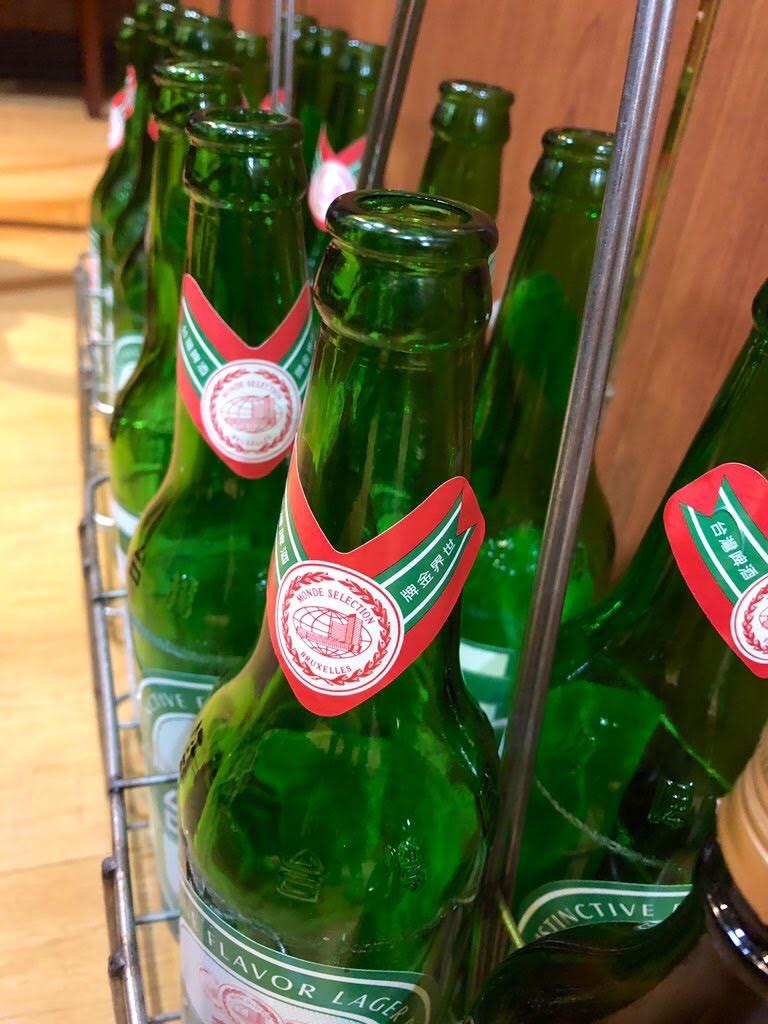 樺慶川菜餐庁のビール